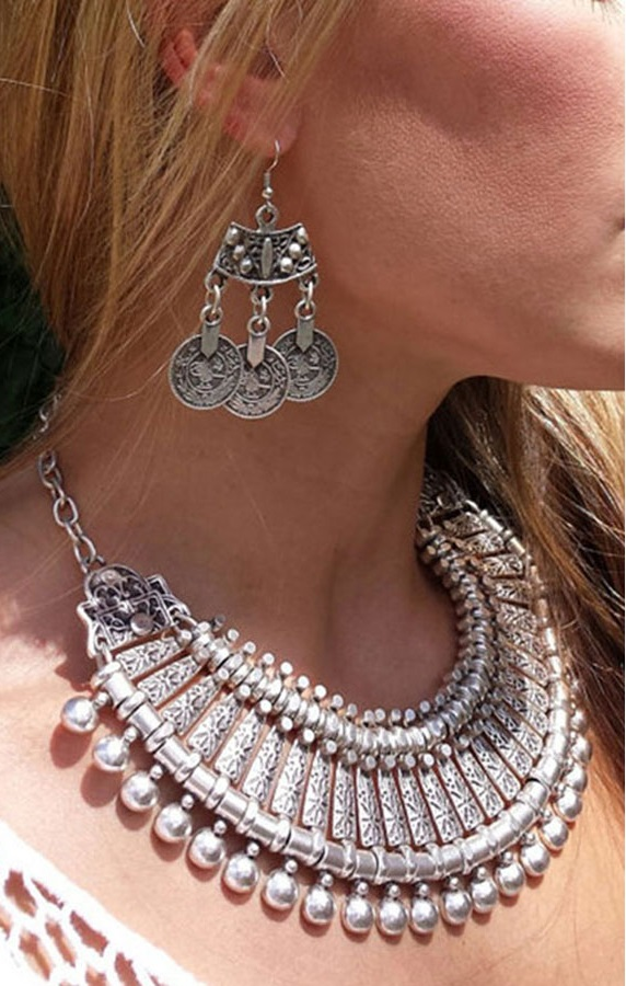 Pleasures Gypsy Necklace