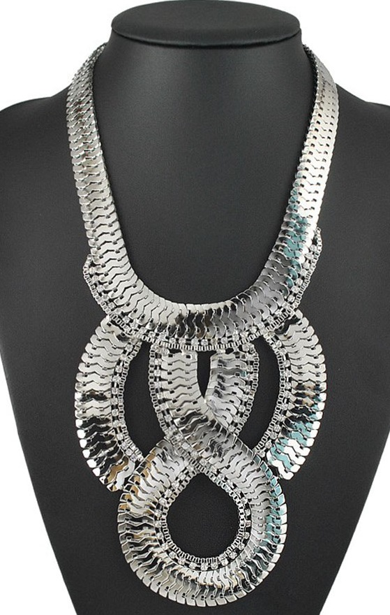 Pleasures Fashion Necklace Silver