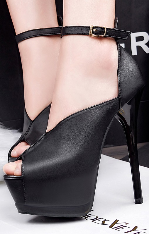 Sapatos Pleasures Sandals Black