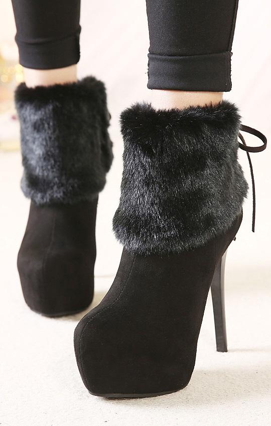 Botim Pleasures Boots Black