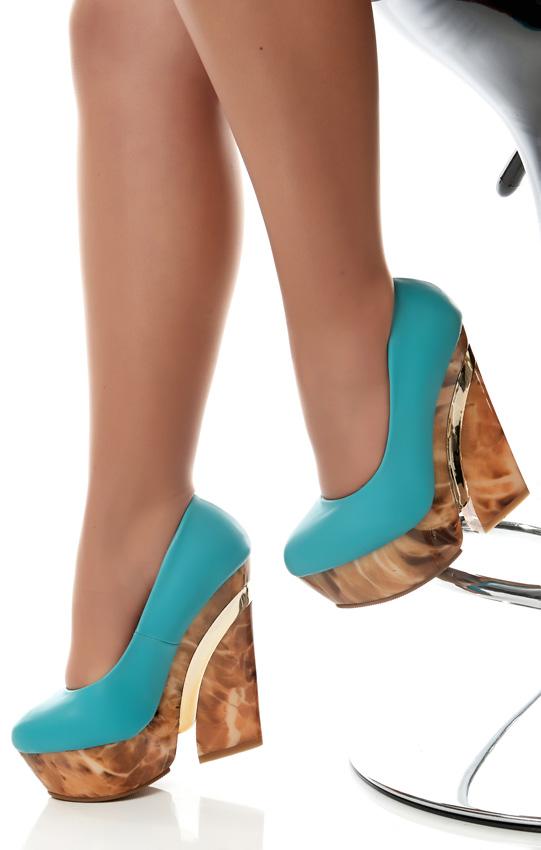 Pleasures Shoes RF960017